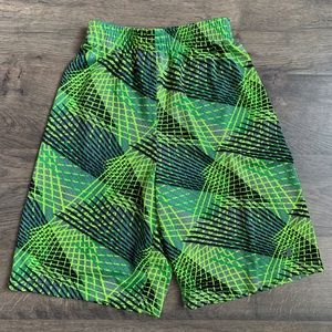 Boys Champion Basketball or Active Shorts Size L